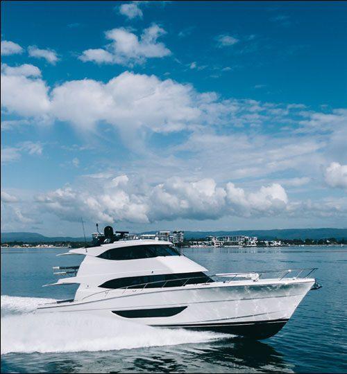 Maritimo-M70-Cruising-fast